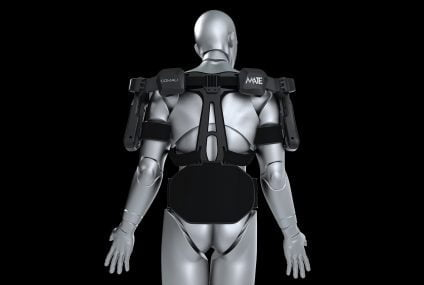 MATE exoskeleton by Comau: The worker at the center