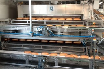 Baking tunnel ovens with bakery confectionary line