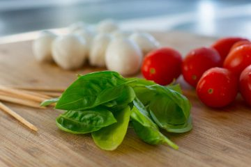 Sustainability of Mediterranean diet: do you know the benefits of local food?