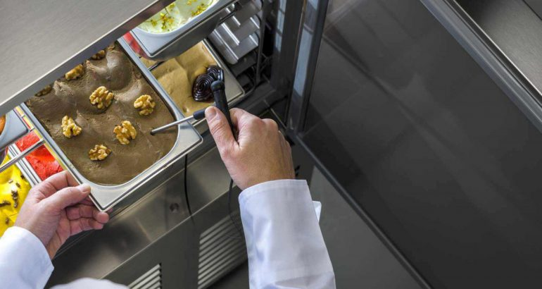 Professional refrigeration Made in Italy: high tech