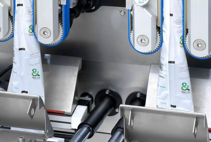 SmartPacker TwinTube machine for confectionery packaging