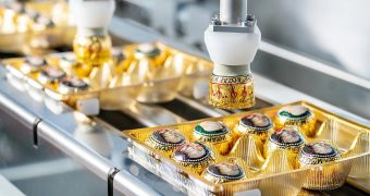 Flexible packaging: primary and secondary for traditional Mozart Kugeln