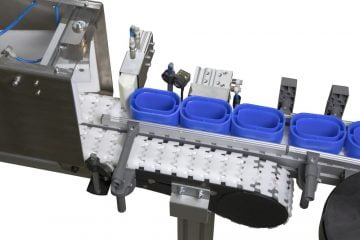 FlexMove ® conveyor system: two modules to stop and divert packages