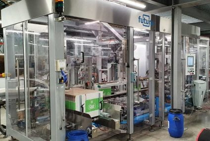 Robotic packaging up to 19 flowpack formats of sanitizing wet wipes