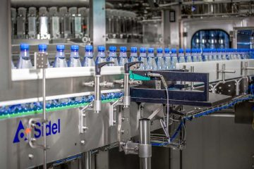 Mineral water PET line: carbonated and non carbonated with Combi SF300